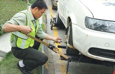 中国レッカー車操作技術大会2011-3