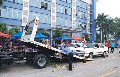 中国レッカー車操作技術大会2012-2